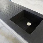kuchyňské kamenné pracovní desky odkapové plochy
